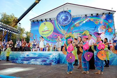 Фестиваль Союзного государства «Творчество юных» - одна из самых ярких и праздничных молодежных программ Постоянного Комитета